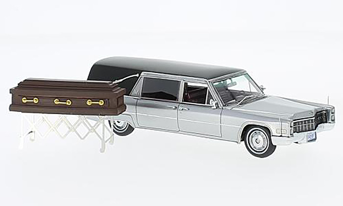 1966 Cadillac S&S Landau Hearse, silver/black w/ coffin on chassis