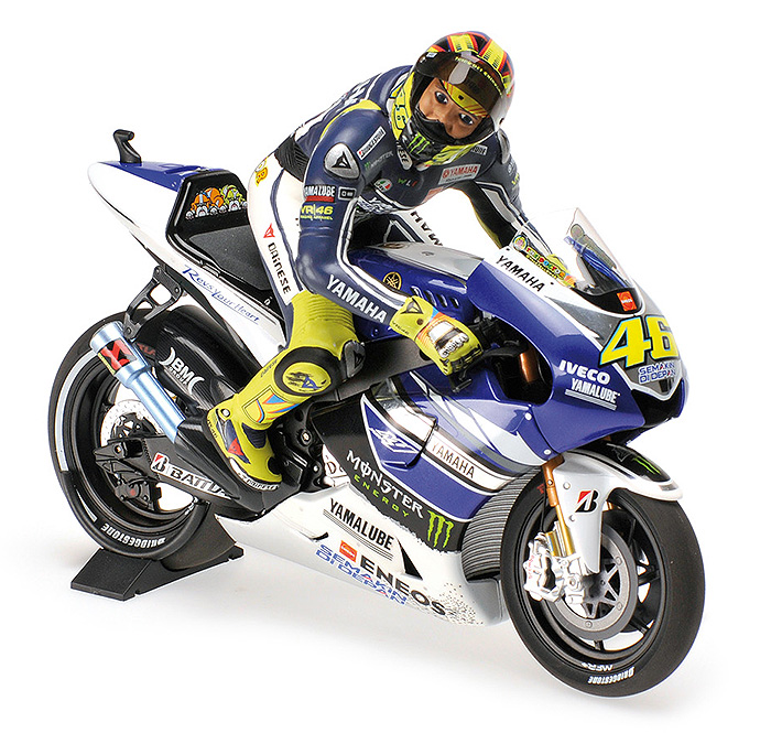 2013 Yamaha YZR-M1, MotoGP Assen Winner, V. Rossi, Dirty Look w/figurine set
